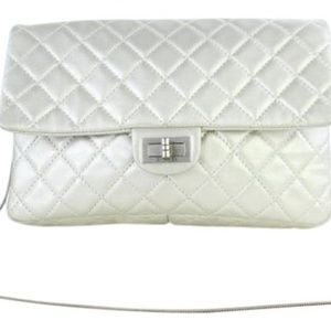 Chanel Quilted Metallic Silver Jumbo Flap 13CT927